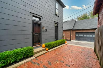 39 SCHILLER ALY, Columbus, OH 43206 - Photo 2