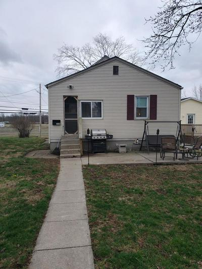 334 LANCASTER PIKE, Circleville, OH 43113 - Photo 2
