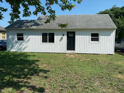 432 E MILL ST, Circleville, OH 43113 - Photo 1