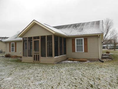 944 TROY CT, Newark, OH 43055 - Photo 2
