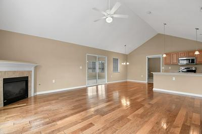 5673 WHITE GOOSE RD # 12-567, Westerville, OH 43081 - Photo 2