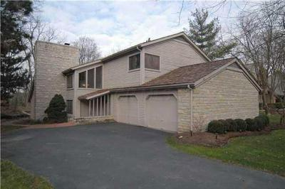 5840 LEVEN LINKS CT, Dublin, OH 43017 - Photo 1