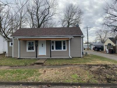 213 W CORWIN ST, CIRCLEVILLE, OH 43113 - Photo 1