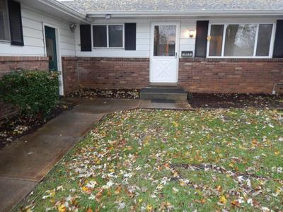 2188 TRENT RD, Columbus, OH 43229 - Photo 2