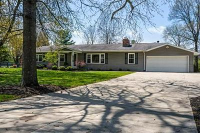 8340 STEITZ RD, Powell, OH 43065 - Photo 2