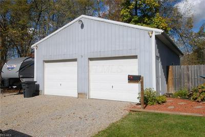 550 SUMMITT ST, Crooksville, OH 43731 - Photo 2