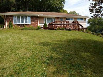 224 HILLSDALE DR, COSHOCTON, OH 43812 - Photo 2