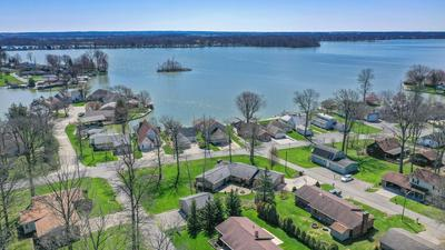 9796 CHINOOK DR, Huntsville, OH 43324 - Photo 2