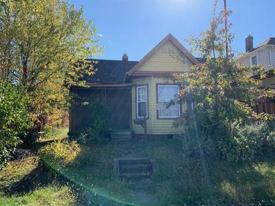 138 TAYLOR ST, CROOKSVILLE, OH 43731 - Photo 1