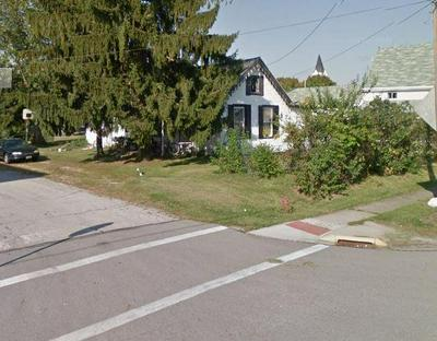 40 MAIN ST, Bloomingburg, OH 43106 - Photo 2