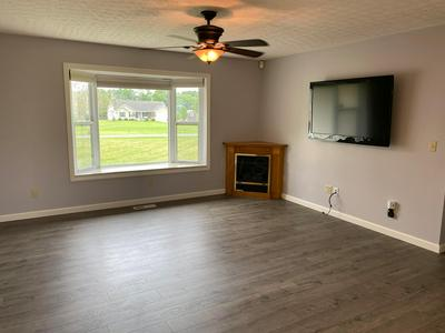 9332 BAKER RD SW, Stoutsville, OH 43154 - Photo 2