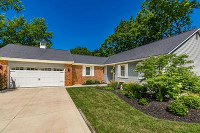 1048 AUTUMN WOODS DR, Westerville, OH 43081 - Photo 2