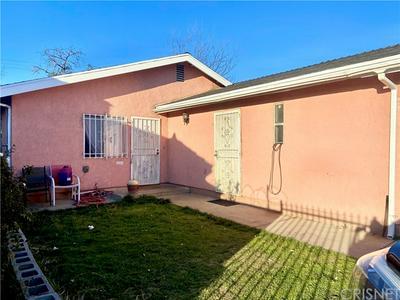 1121 W 65TH ST, Los Angeles, CA 90044 - Photo 2