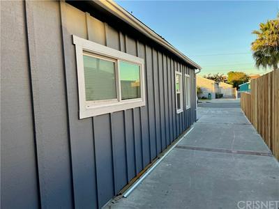 4848 W 117TH ST, Hawthorne, CA 90250 - Photo 2
