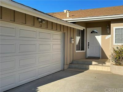 10440 HILLVIEW AVE, Chatsworth, CA 91311 - Photo 2