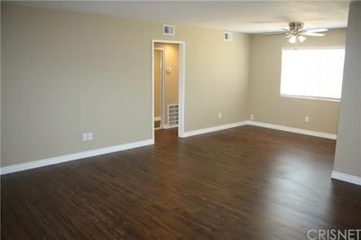 31732 RIDGE ROUTE RD APT 108, Castaic, CA 91384 - Photo 2