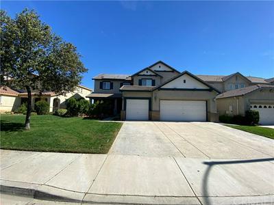 29364 LAS BRISAS RD, Valencia, CA 91354 - Photo 2