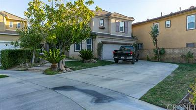 26805 GREENLEAF CT, VALENCIA, CA 91381 - Photo 2