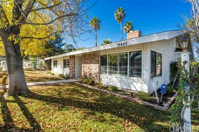 19445 GREEN MOUNTAIN DR, Newhall, CA 91321 - Photo 2