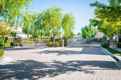 26923 CAPE COD DR, Valencia, CA 91355 - Photo 2