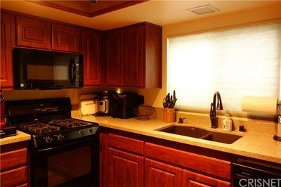 29318 HIDDEN TRAIL RD, Castaic, CA 91384 - Photo 2