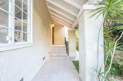 10211 CLEMATIS CT, Los Angeles, CA 90077 - Photo 2