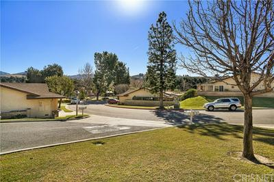 26556 CARDWICK CT # 36, Newhall, CA 91321 - Photo 2