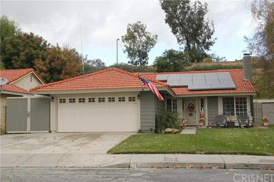 27713 WAKEFIELD RD, CASTAIC, CA 91384 - Photo 1