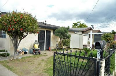 8126 CROCKETT BLVD, Los Angeles, CA 90001 - Photo 2