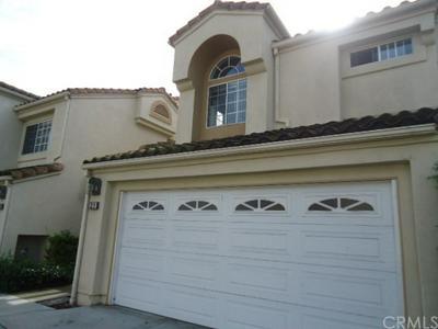 31 ALMADOR, Irvine, CA 92614 - Photo 1