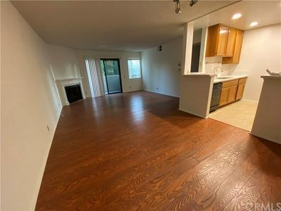 13512 MOORPARK ST APT 107, Sherman Oaks, CA 91423 - Photo 2