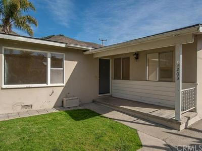 203 MORRO AVE, Pismo Beach, CA 93449 - Photo 2