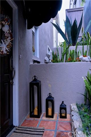 321 30TH PL, Manhattan Beach, CA 90266 - Photo 2