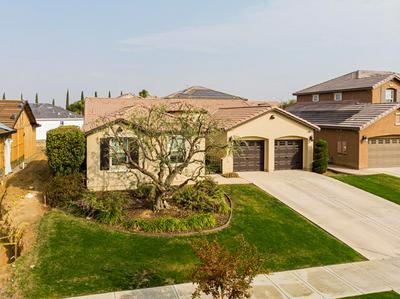5319 ROSE ARBOR LN, Bakersfield, CA 93306 - Photo 1