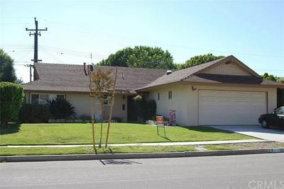 15391 RUSHMOOR LN, Huntington Beach, CA 92647 - Photo 1