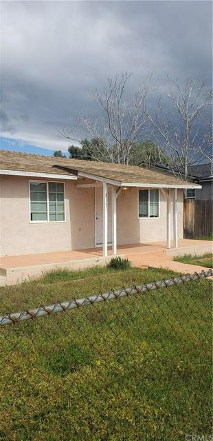 817 E HOFFER ST, Banning, CA 92220 - Photo 1