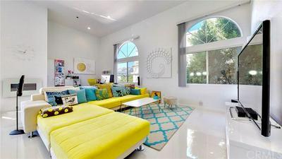 840 N CROFT AVE # PH301, Los Angeles, CA 90069 - Photo 2