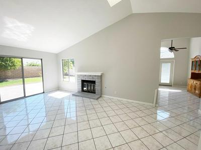 1380 WATERFORD LN, Fillmore, CA 93015 - Photo 2