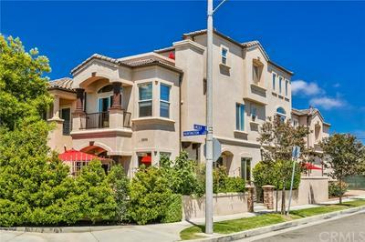 1202 HUNTINGTON ST, Huntington Beach, CA 92648 - Photo 2