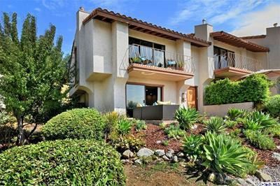1721 CAMINO DE VILLAS, Burbank, CA 91501 - Photo 1