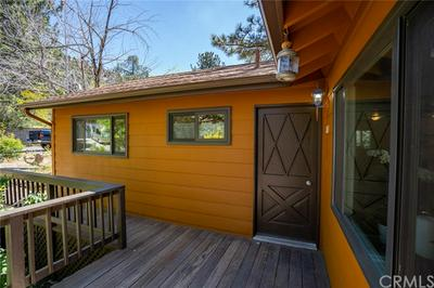 1065 YELLOWSTONE DR, Wrightwood, CA 92397 - Photo 2