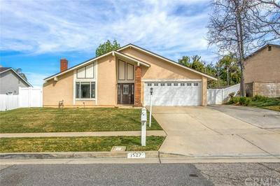 1527 POWELL LN, REDLANDS, CA 92374 - Photo 2