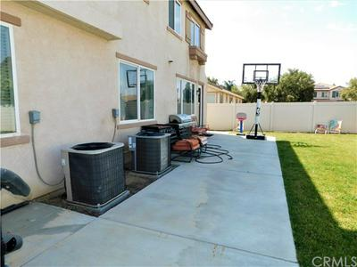 1834 BLUE SPRUCE CT, Perris, CA 92571 - Photo 2