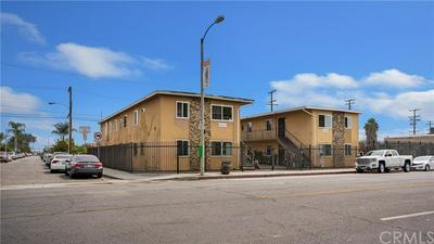 8102 COMPTON AVE, Los Angeles, CA 90001 - Photo 2
