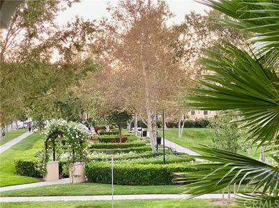 64 VERMILLION, Irvine, CA 92603 - Photo 2