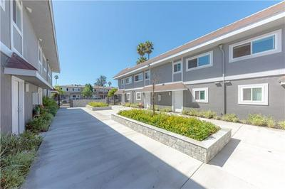 868 CENTER ST # D, Costa Mesa, CA 92627 - Photo 2