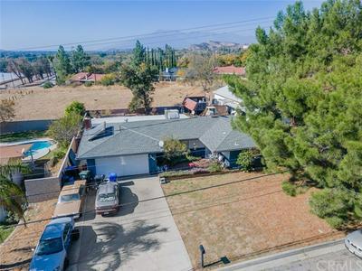 5468 N MOUNTAIN VIEW AVE, San Bernardino, CA 92407 - Photo 2