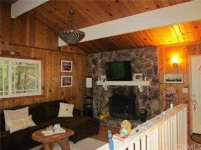 772 VIRGINIA CT, Lake Arrowhead, CA 92352 - Photo 2