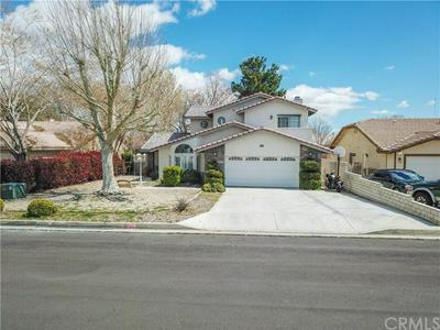13045 NORFOLK LN, VICTORVILLE, CA 92395 - Photo 2