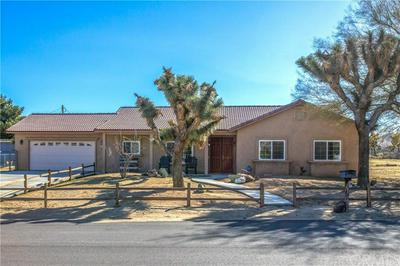 56765 CASSIA DR, YUCCA VALLEY, CA 92284 - Photo 2